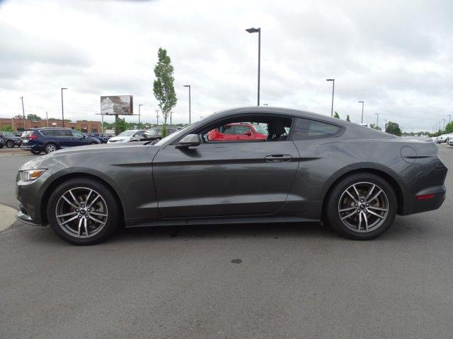 Pre-Owned 2016 Ford Mustang 2dr Fastback EcoBoost
