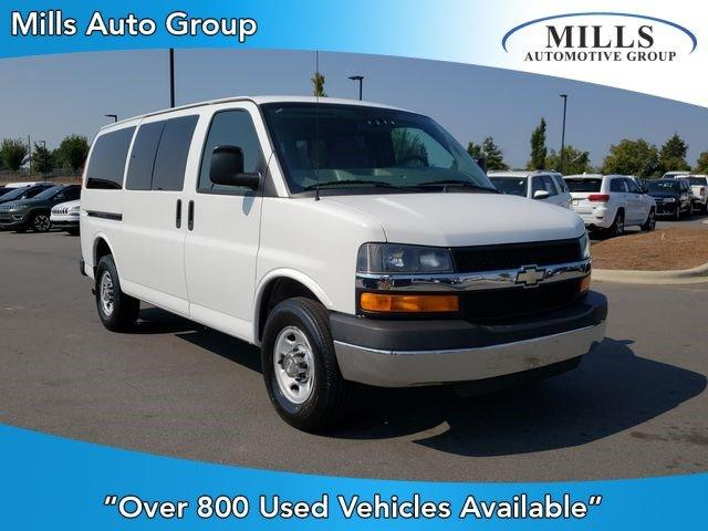 Pre-Owned 2014 Chevrolet Express Passenger RWD 3500 135 LT w/1LT