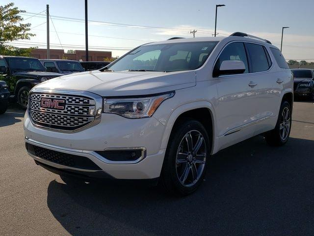 Pre-Owned 2017 GMC Acadia FWD 4dr Denali