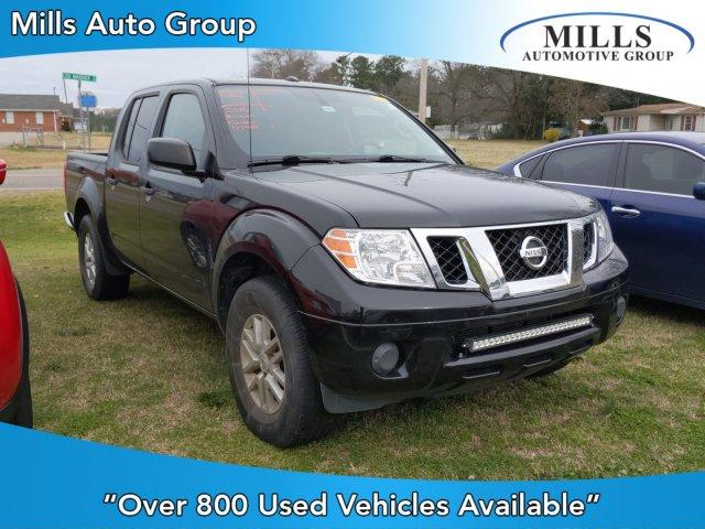 Pre-Owned 2016 Nissan Frontier 2WD Crew Cab SWB Auto SV
