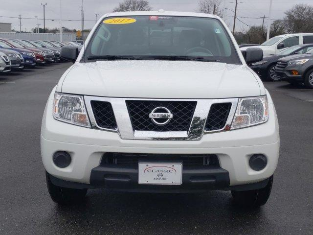 Pre-Owned 2017 Nissan Frontier Crew Cab 4x2 SV V6 Auto
