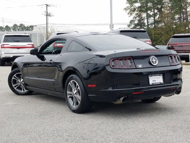Pre-Owned 2014 Ford Mustang 2dr Cpe V6 Premium