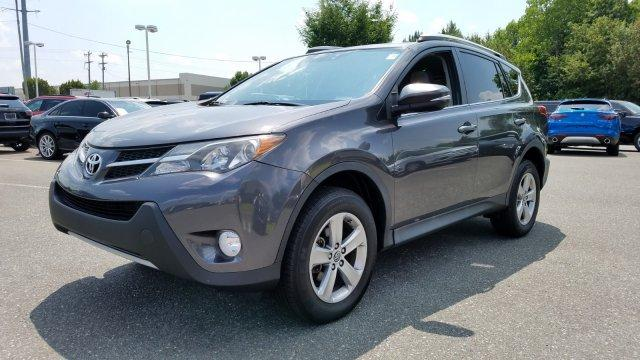 Pre-Owned 2015 Toyota RAV4 AWD 4dr XLE
