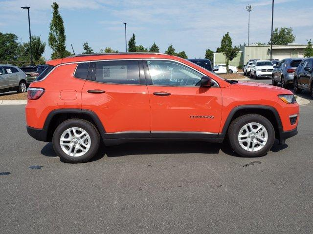 New 2019 JEEP Compass Sport FWD