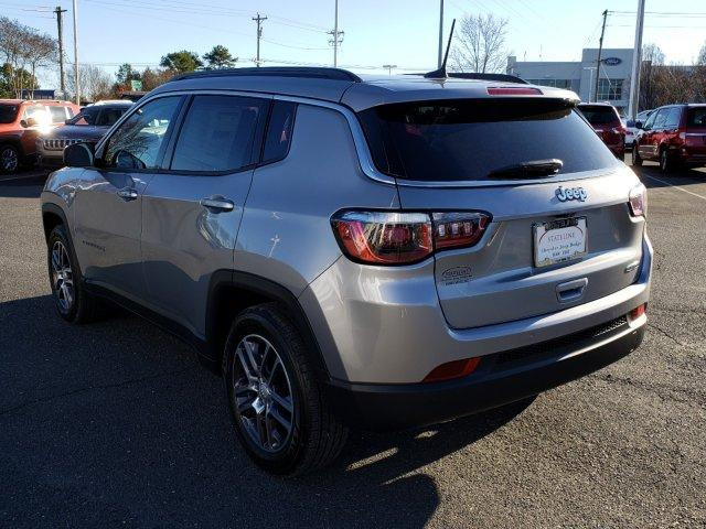 New 2020 JEEP Compass Latitude w/Sun/Wheel Pkg FWD *Ltd A