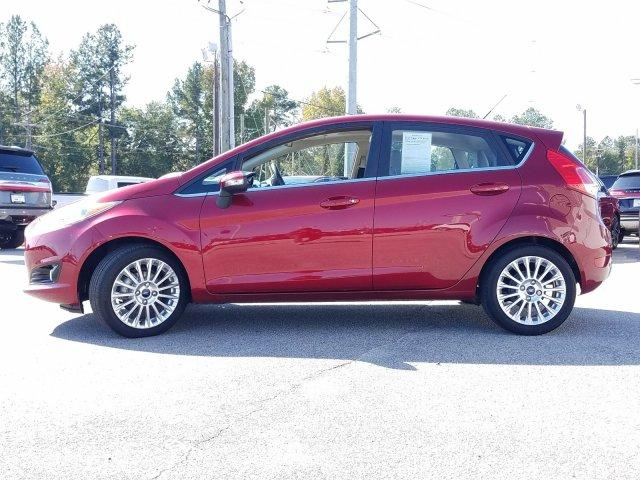 Pre-Owned 2016 Ford Fiesta 5dr HB Titanium