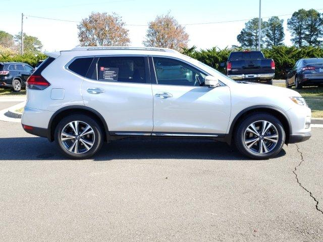 Pre-Owned 2017 Nissan Rogue FWD SL