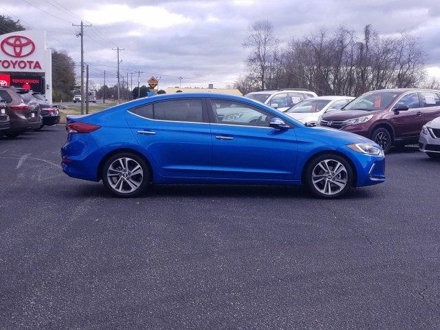 Pre-Owned 2017 Hyundai Elantra 4dr Sdn Auto Limited