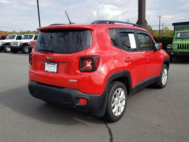 Pre-Owned 2017 Jeep Renegade Latitude FWD