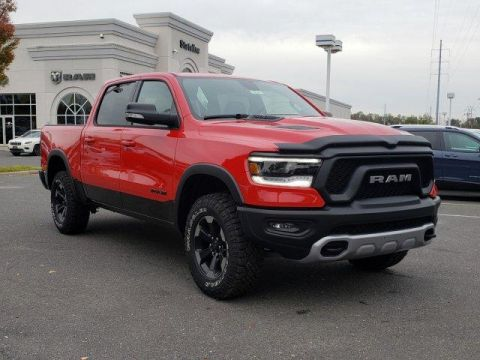 New 2020 RAM 1500 Rebel 4x4 Crew Cab 5'7 Box