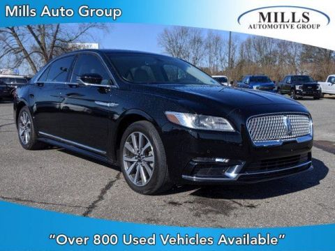Pre-Owned 2017 Lincoln Continental Premiere FWD