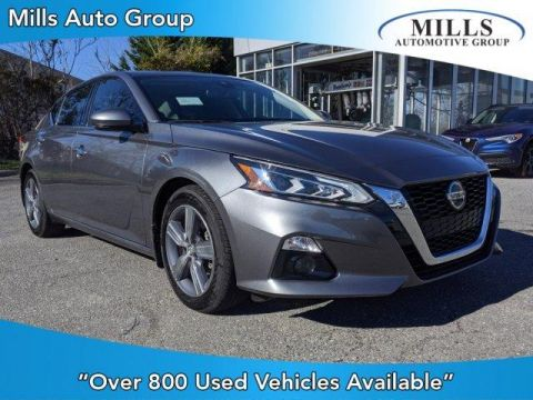 Pre-Owned 2019 Nissan Altima 2.5 SV Sedan FWD 4dr Car