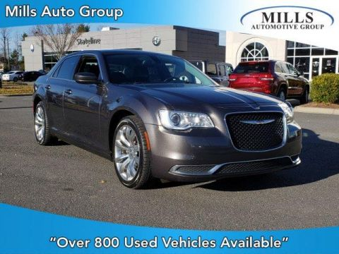 Pre-Owned 2016 Chrysler 300 4dr Sdn Limited RWD