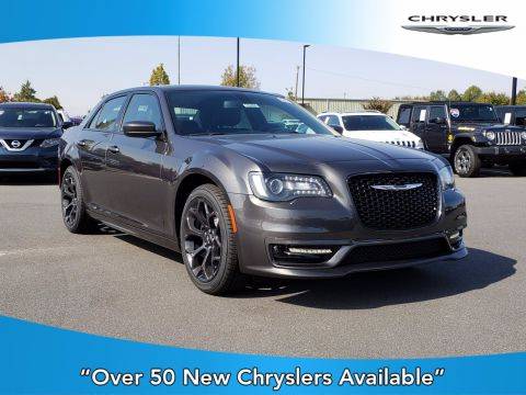 New 2019 CHRYSLER 300 300S With Navigation