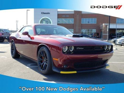 New 2019 DODGE Challenger R/T RWD With Navigation