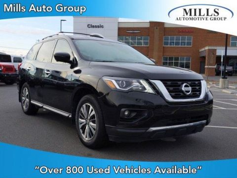 Pre-Owned 2017 Nissan Pathfinder FWD SL